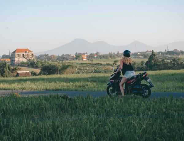 Rollerfahren auf Bali