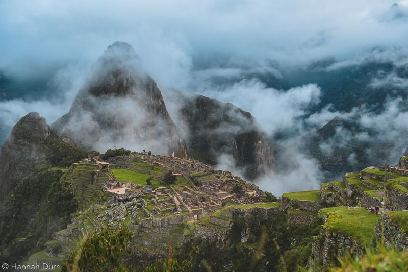 Machu Picchu im Morgendunst, Peru