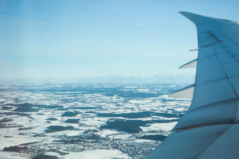 Schneebedecktes Bayern von oben