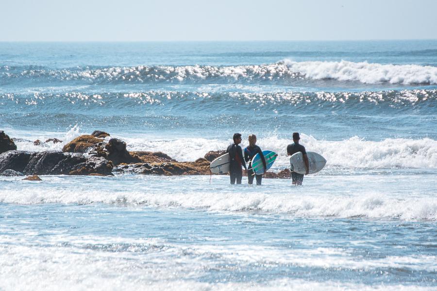 Surfunterricht in Chicama, Peru