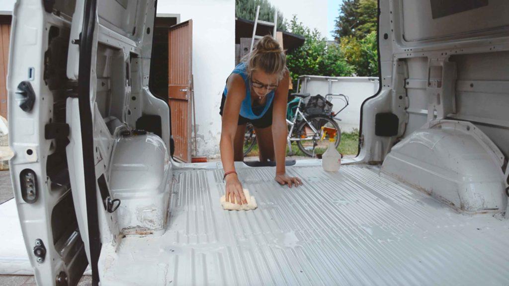 reinigung und rostentfernung campervan